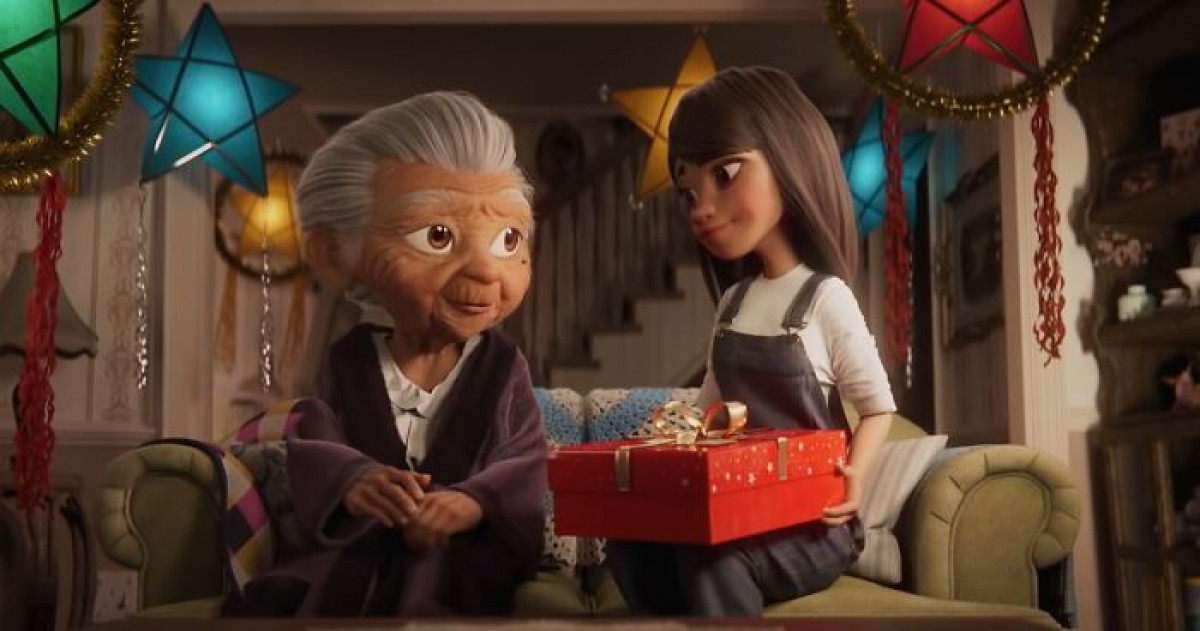 Disney's Adorable 2020 Christmas Ad Is Giving People All The Feels