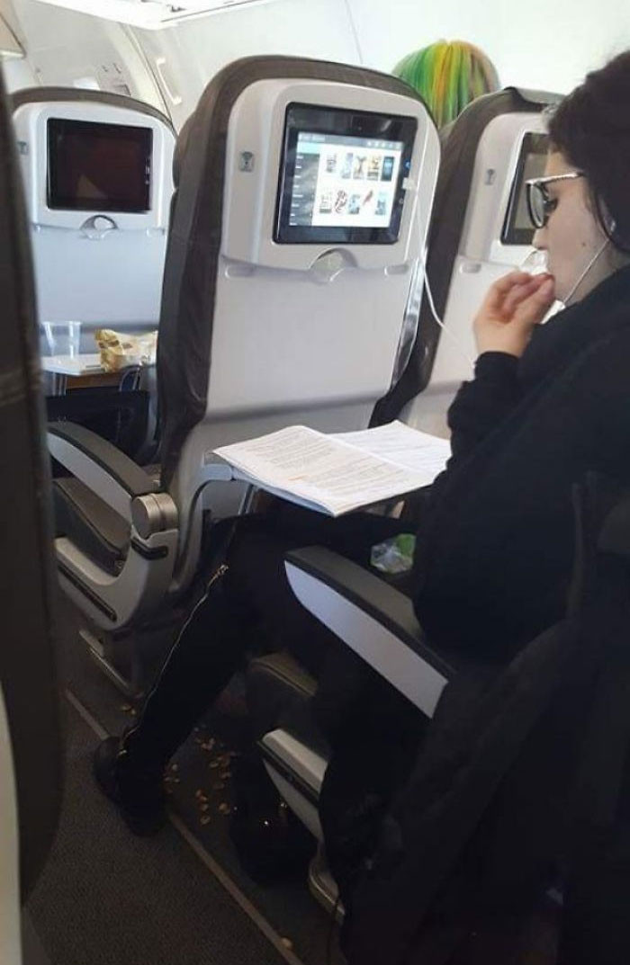 #10 This Woman Throwing Pistachio Shells On The Floor Of An Airplane