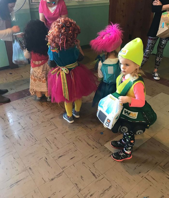 #18 My Daughter's Preschool Had A Costume Party Last Halloween. There Were 9 Princesses, 2 Super Heroes, And 1 Garbage Truck. She Was The Garbage Truck