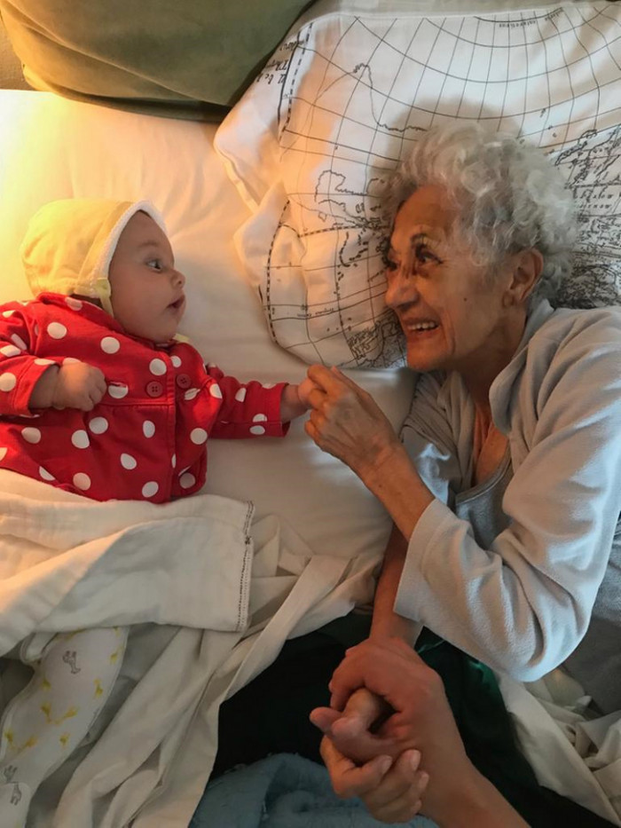 First time meeting her great grandmother