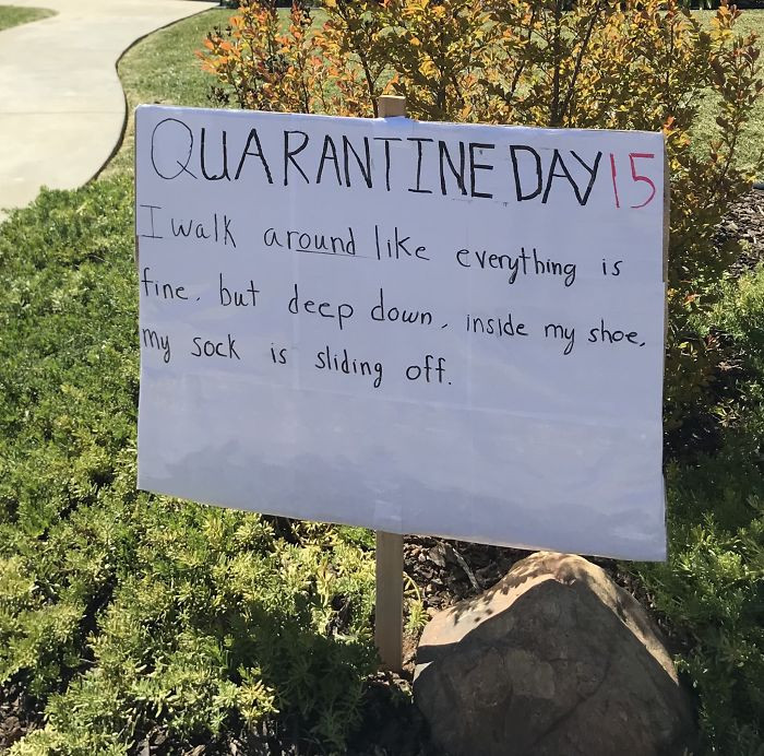 This man from LA posts one joke a day on his front lawn
