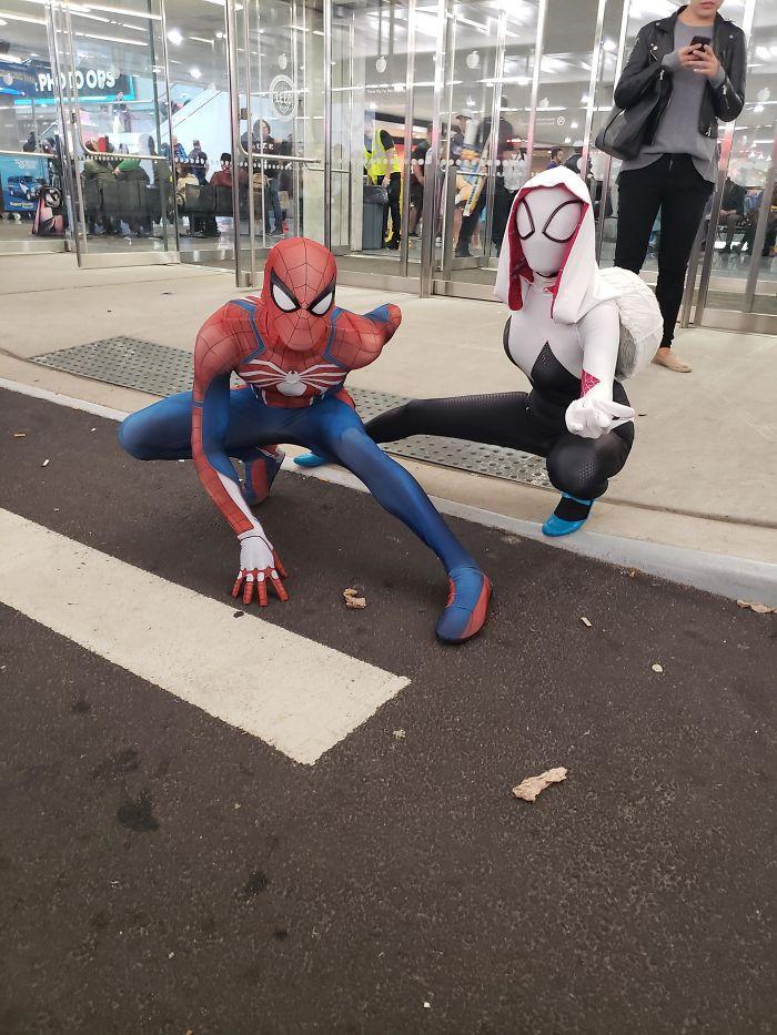 18. Spiderman and Spider Gwen