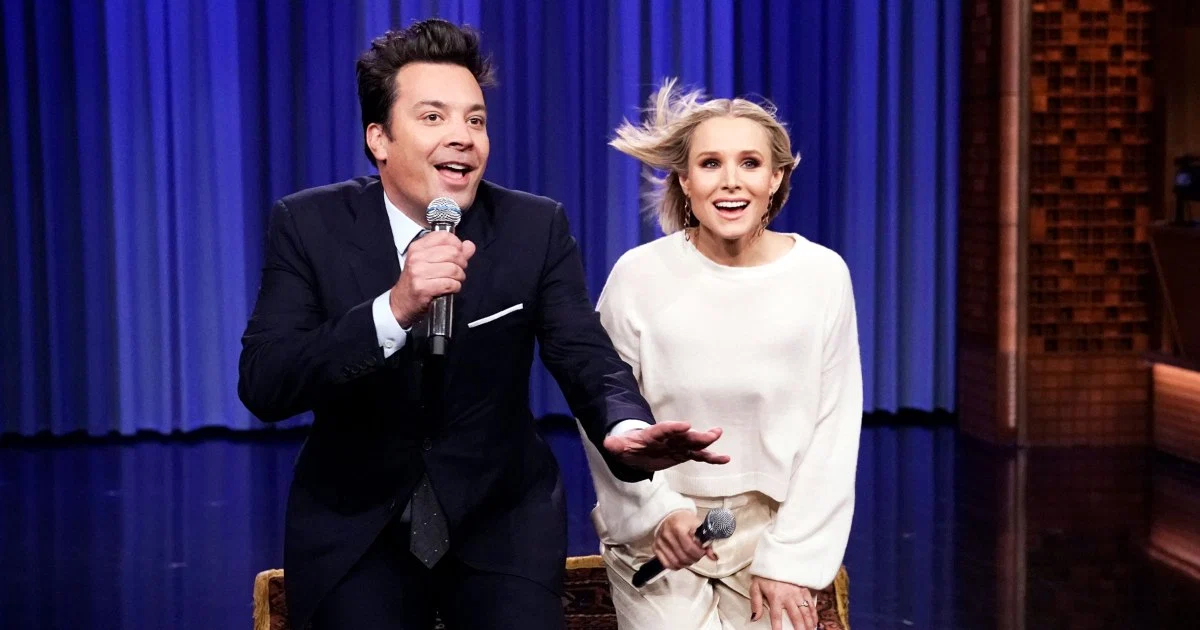 Kristen Bell Sings 17 Disney Songs In 5 Minutes And It's Just As Amazing As You'd Expect It To Be