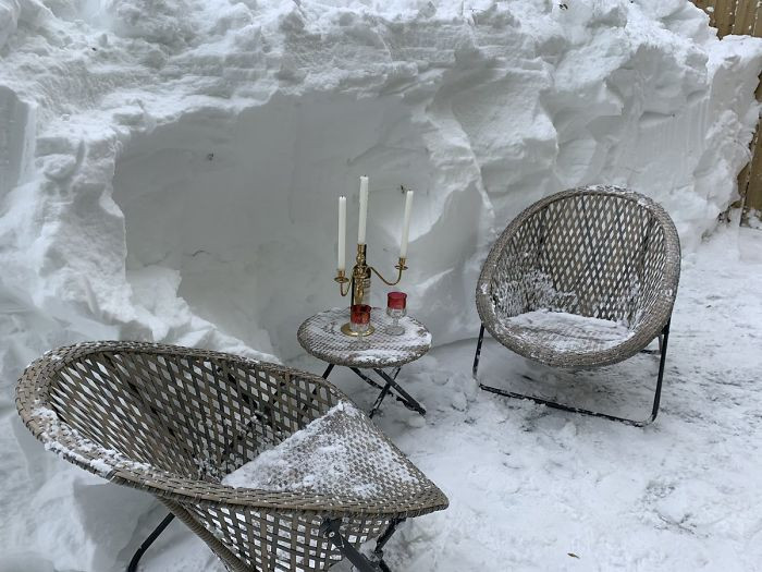 Would you enjoy a cup of wine here?