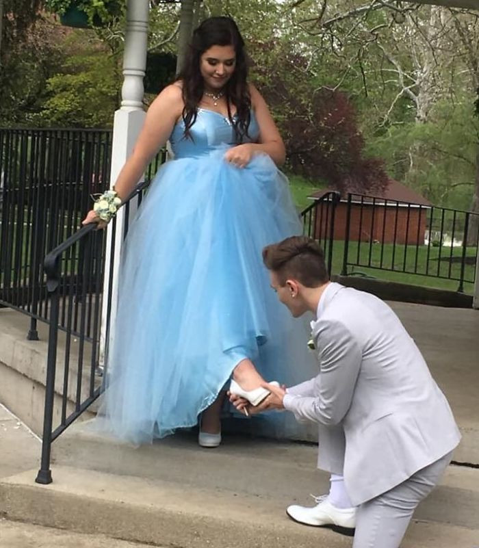 Parker wanted his best friend to feel like Cinderella.