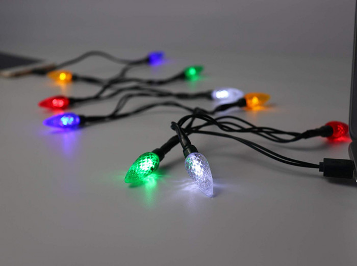 It is 50 inches long and includes 10 LED lights
