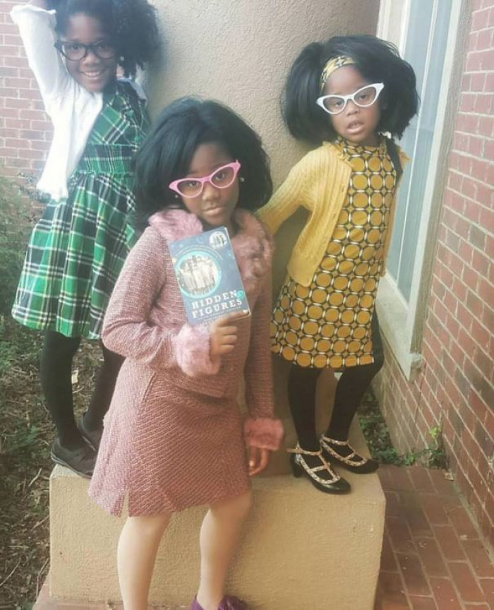 #5 Three Girls Dressed Up As The Women Portrayed In
