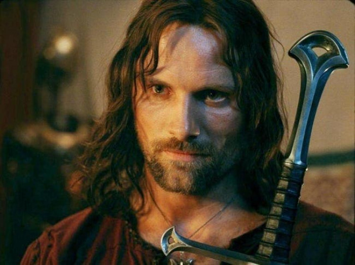 2. Viggo Mortensen mended his props and outfits to stay in character