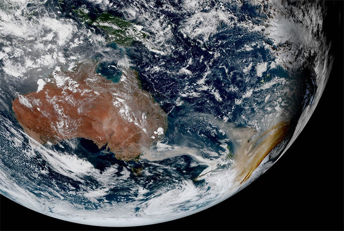 This image is from Himawari-8 satellite's view was captured on January 2.