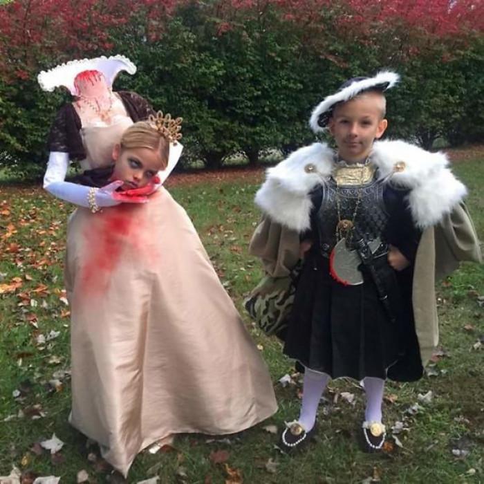 #4 My Friend's Kids Halloween Costumes, Henry The VIII And Ann Boleyn